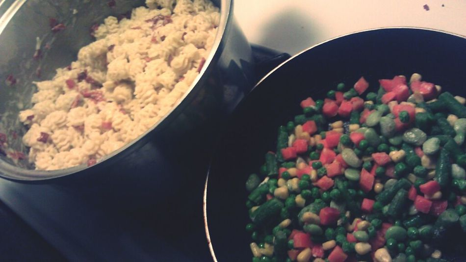 What im cheffing up for the fam #macaroni #bacon #vegetables #healthy #cheffin