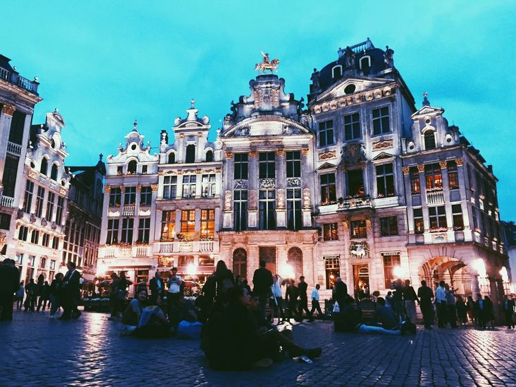 Bruxelles, ma belle ✨ Architecture Façade Building Exterior Travel Tourism City Brussels Magic Grand Place Bruxelles People Evening