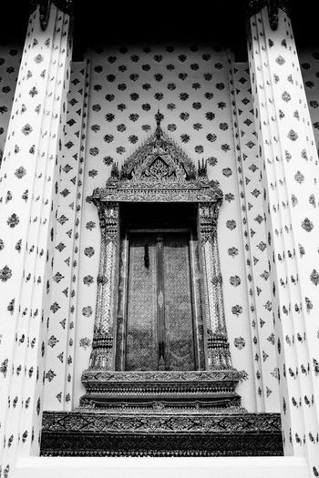 Alice in Wonderland Fujifilm_xseries Bangkok Thailand Architecture Built Structure Building Exterior Low Angle View Building No People Pattern Art And Craft Place Of Worship Religion Day Belief Spirituality History Craft The Past Entrance Door Travel Destinations Creativity Ornate Architectural Column