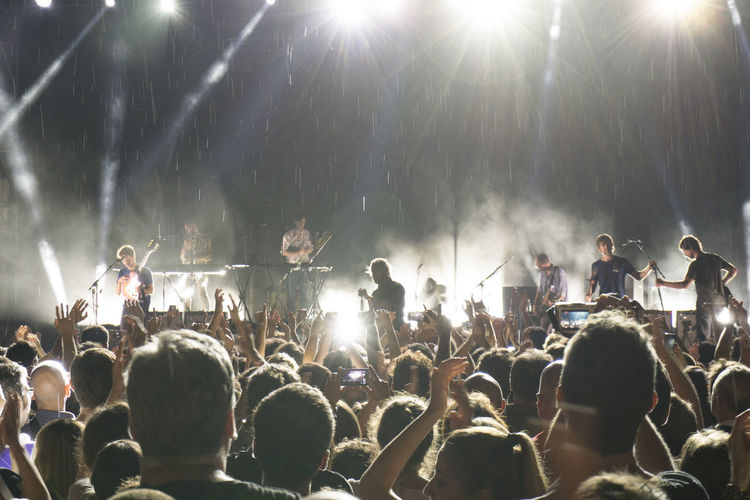 American Indie Rock Band Arts Culture And Entertainment Crowd Event Ferrara Glowing Matt Berninger The National