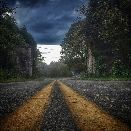Scenic_roads Gettyimages Moody Road_shots Icu_usa Photo_rush The_photographers_emporium Atmospheric Americana Enjoying Life Roads Roadside America Country Road Mein Automoment Tennessee