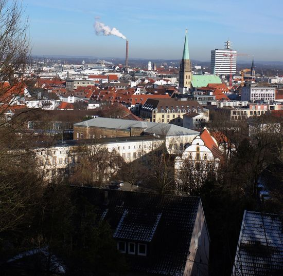 view from Sparrenburg Bielefeld The City That Does Not Exist Bielefeld Bielefeld Von Der Sparrenburg Architecture Built Structure Building Exterior City Building Sky Roof Residential District Cityscape Nature Day High Angle View Crowd Crowded Outdoors House Sunlight Industry Travel Destinations Office Building Exterior Skyscraper TOWNSCAPE
