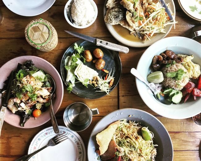 😋😋😋 Thai Food Healthy Eating Plate Food And Drink Food Table Freshness Food Stories