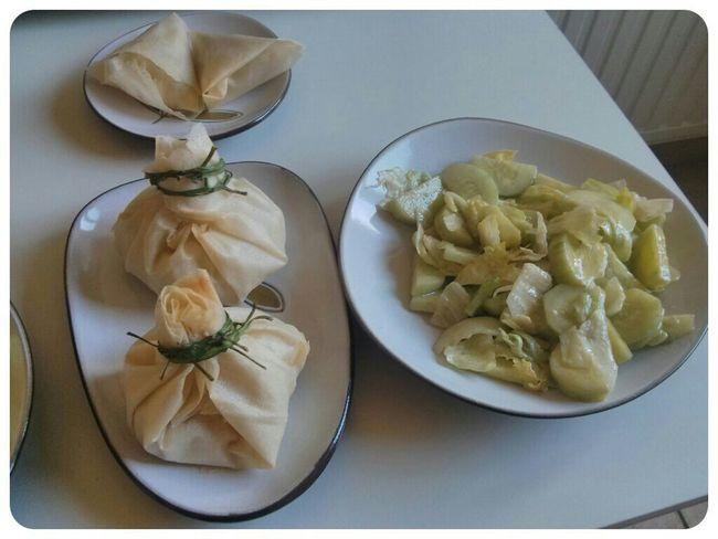http://www.marmiton.org/recettes/recette_aumonieres-surprises-au-camembert_17215.aspx