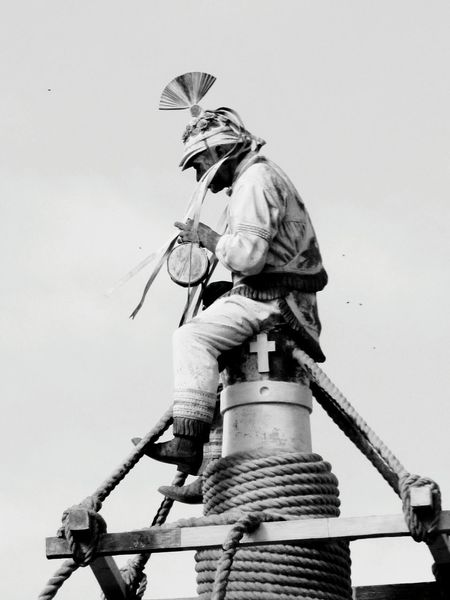 Sculpture Statue Low Angle View Human Representation Sword No People Outdoors Sky Day Shield Astrology Sign Papantla, Veracruz, México Voladores De Papantla Méxicico EyeEm Eyeemphotography Popular Photographs