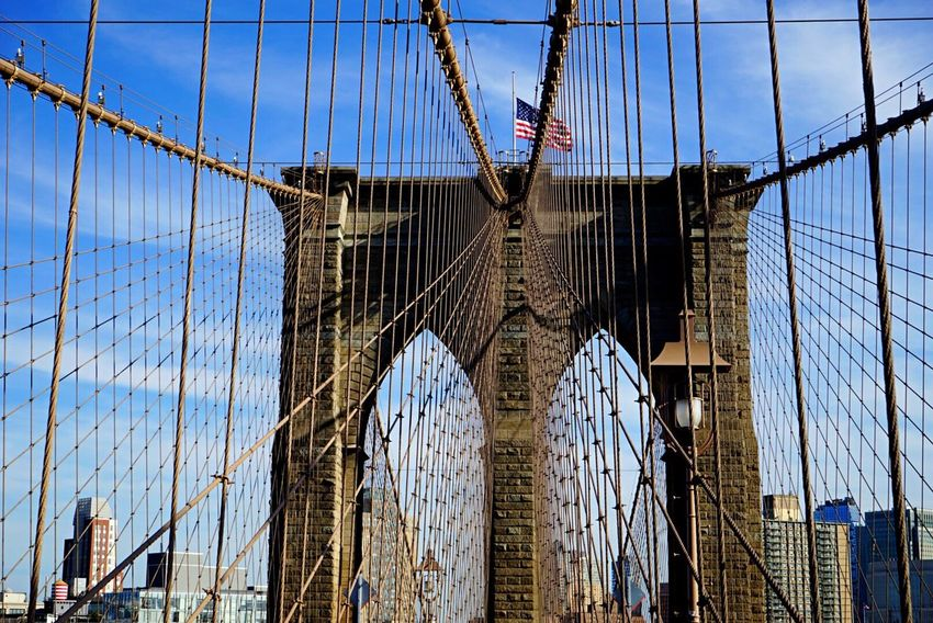 Brooklyn Brooklyn Bridge / New York Bridge Manhattan American Flag Architecture Battle Of The Cities