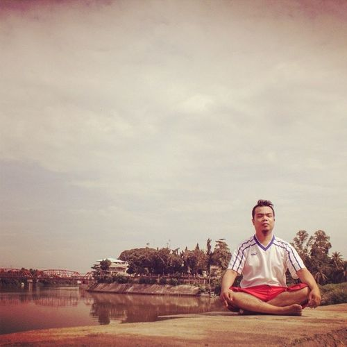 spell chill... Yoga Meditation while ga earthquake Omshanti Self Portrait Cagayan De Oro City By The River
