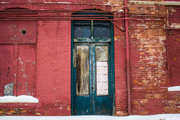 Beautiful Indiana Interesting Red Weathered Blue Broken Old Buildings Photography First Eyeem Photo