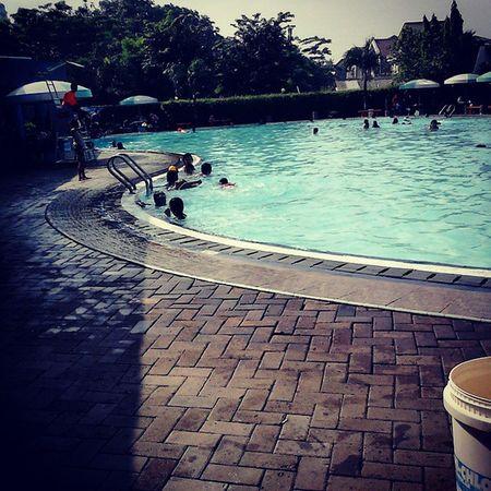 Swimmingpool Pondokkelapa Withbrother