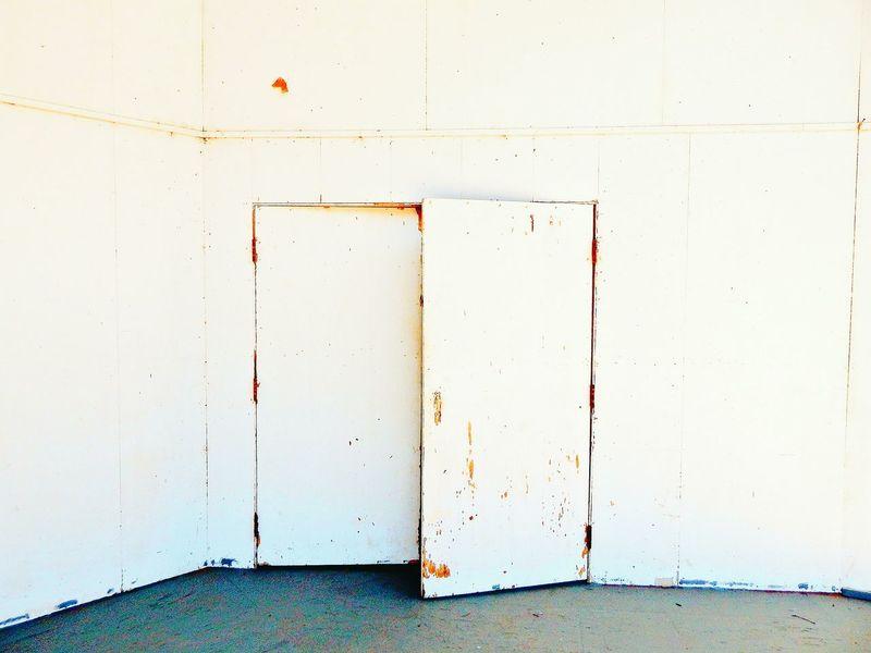 another door always opens Opendoor ComeIn Discover  Door Doors Doorway Color Palette Eyeemphoto Colour Your Horizn