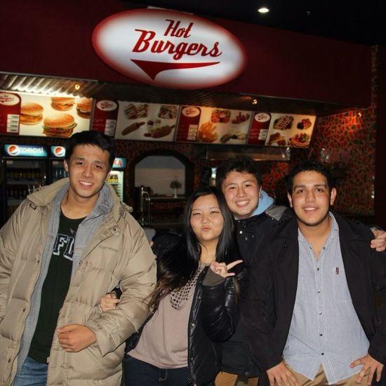 The burger yeah ? Movies cinema night :) (null)