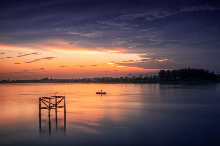 霞染夹江 Beauty In Nature Cloud - Sky No People Orange Color Outdoors Scenics - Nature Sky Sunset Water Waterfront 南京 长江 HUAWEI Photo Award: After Dark