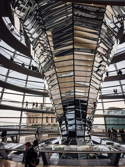 Canon Indoors  Indoor Architecture Architecture Glaskuppel Glasdach Spiegel Mirrors Reichstagskuppel Deutschland Germany Bundestag Capitol Building Berlin Architecture Travel Group Of People Steel People Airport Built Structure Modern Large Group Of People Occupation Futuristic