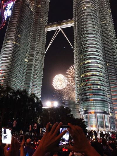 KLCC Twin Towers New Year Around The World People Taking Pictures