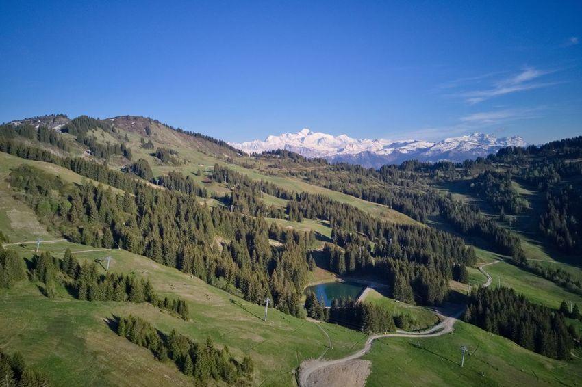 Les Gets Montblanc Les Chavannes Haute-Savoie  Printemps Nature Montagne Drone  Mavic Pro Soleil Ciel Bleu Altitude