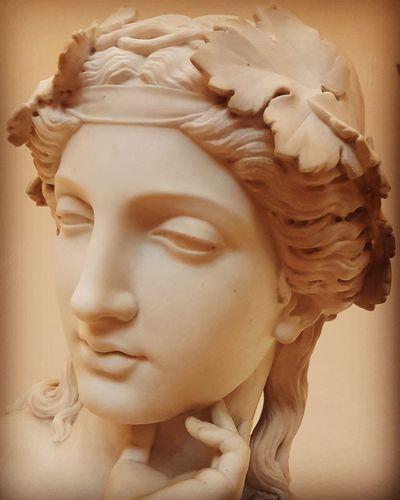 gesehen im Landesmuseum Hannover Hannover Inside Sculpture Statue