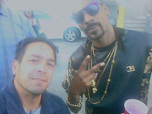 Earlier today Snoopdogg Snoop Dogg Snoop! Snoop  n Me! Thats Me  ThatsMe That's Me Selfie ✌ Selfie