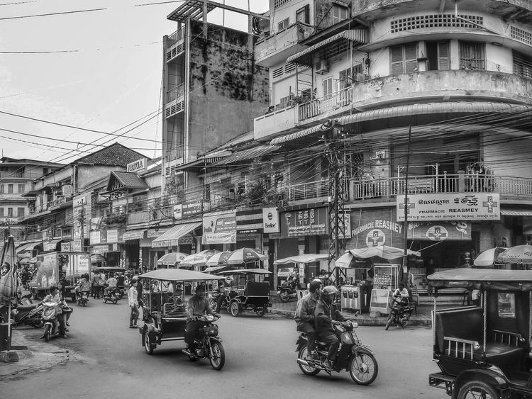 Travelochrome] Cambodia Blackandwhite