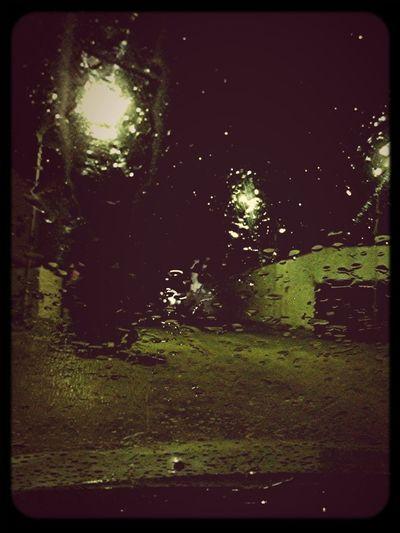 رشة مطر خفيفة