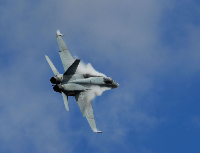 F-18 Hornet F/A-18C Hornet RAAF Royal Australian Air Force Air Force Air Vehicle Airplane Airshow Blue Day Fighter Plane Flying Low Angle View Mid-air Military Military Airplane Mode Of Transport Nature No People Outdoors Sky Transportation