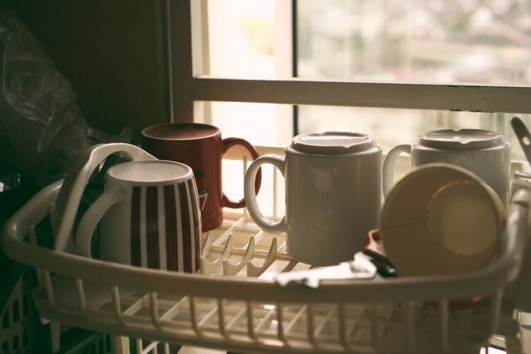 cups Coffee Cup Table Coffee - Drink Food And Drink Indoors  Cup Teapot Refreshment Tea Cup Drink Tea - Hot Drink Day Domestic Kitchen No People Coffee Pot Healthy Eating Freshness Close-up Food And Drink EyeEm Best Shots Week Of Eyeem Eye4photography  EyeEm EyeEm Team Week On Eyeem