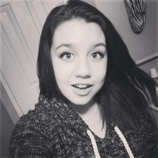 happy new years eve :3 Newyears Blackandwhite Pretty Girl hair sweater sweaterweather fashion love bff besties selfies goodbye2013