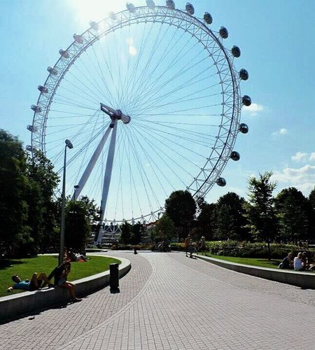 Ferris Wheel Sky Day EyeEm Best Shots EyeEm Gallery Eye Londoneye London 🎈👻 London Baby No Fliter  Followme