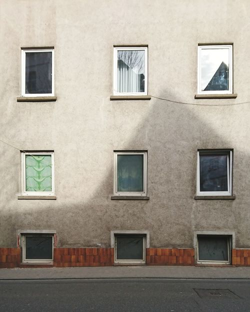 Windows.... Building Exterior Built Structure Architecture Outdoors No People Day Windows Windows In Row