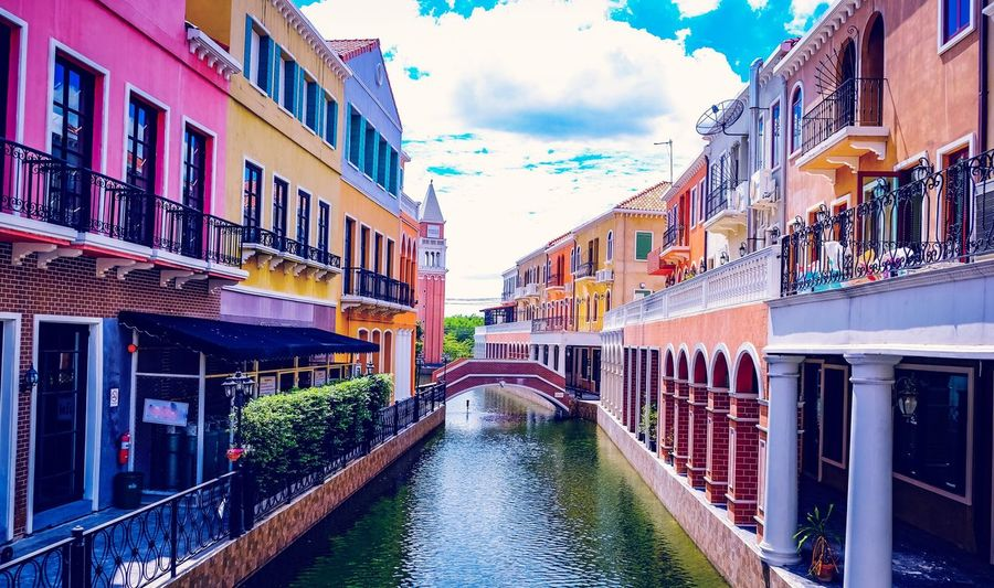 Architecture Building Exterior Built Structure Cloud - Sky Water Sky Day Outdoors Waterfront Multi Colored City Travel Destinations No People Landmark Europe Italy Aisia Town Venice Nature Gondola - Traditional Boat Canal Architecture