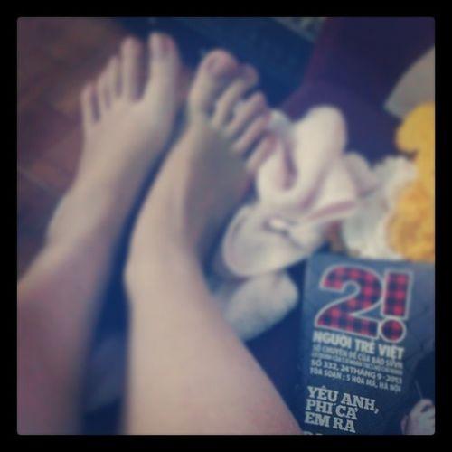 Ngâm chân nc ấm xog dễ chịu vãi :)) Yeuanhphicaemra