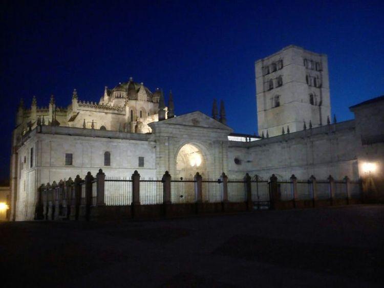Catedral De Zamora Zamora Nocturnas Catedral De Zamora