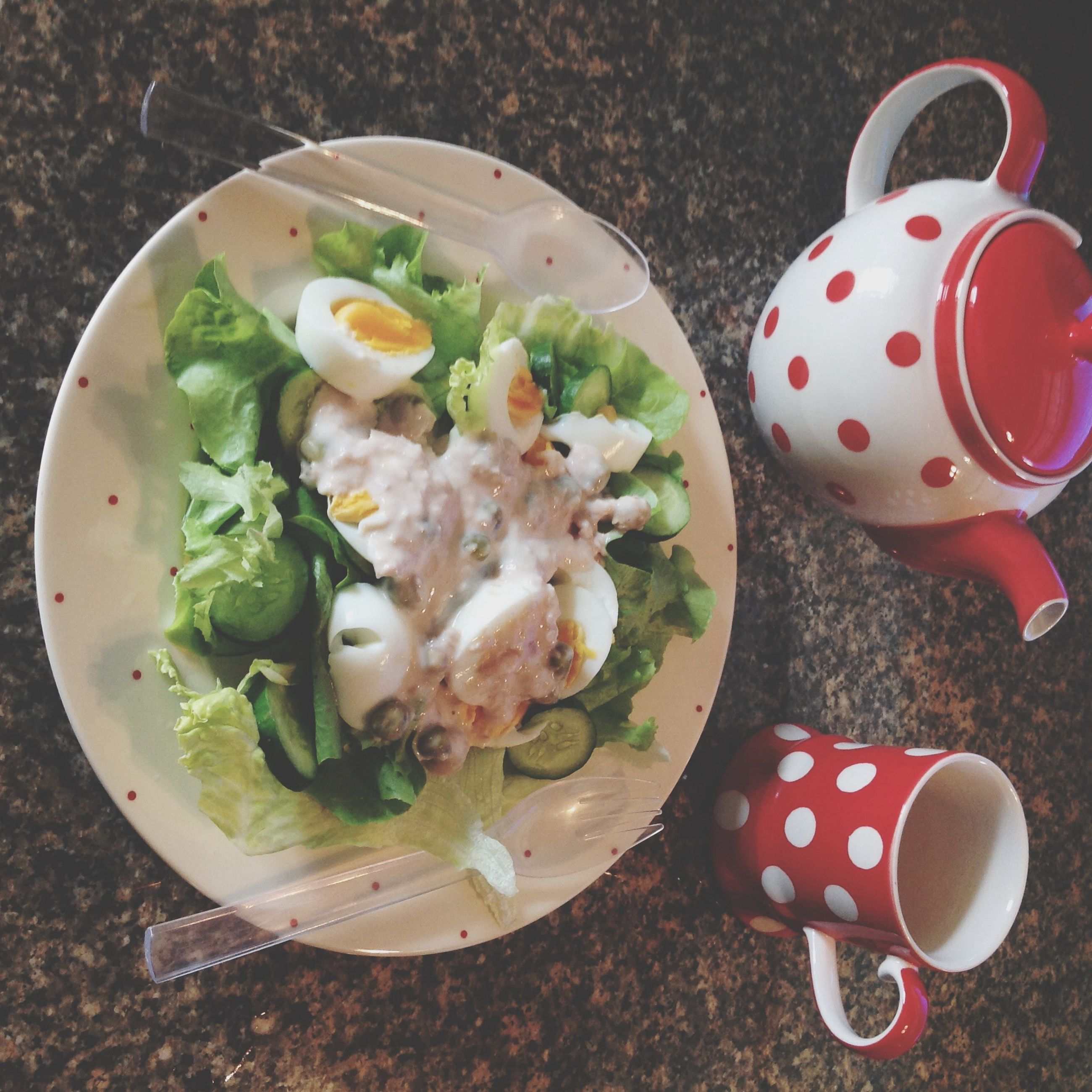 food and drink, table, freshness, food, still life, drink, high angle view, plate, indoors, healthy eating, refreshment, bowl, spoon, coffee cup, ready-to-eat, serving size, breakfast, served, coffee - drink, cup