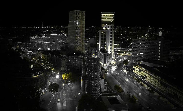 Skyline Skyline Berlin Blackandwhite Schwarzweiß Europacenter Grey Greyscale Panoramic Photography Panoramic View Lost In The Landscape