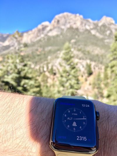 Time Day Human Body Part Men Close-up Mountain Outdoors Human Hand Apple Watch Apple Watch 2315 12:24 12:24 Pm Mount Charleston IPhoneography IPhone 6s Plus 2315 M Altimeter+