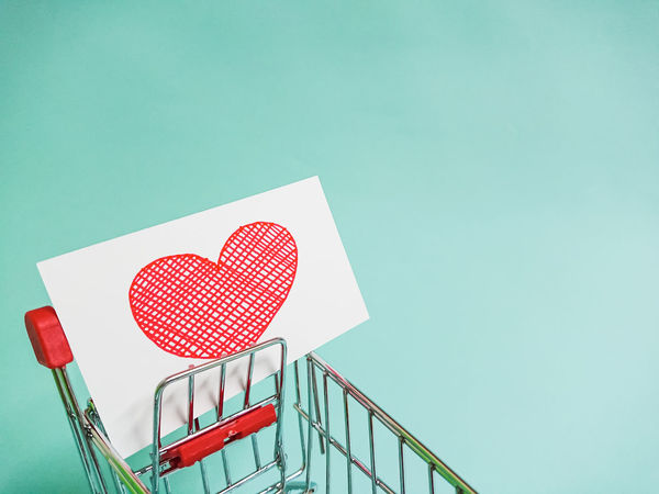 EyeEm Selects Heart Valentine's Day  Happy Love Heart Shape Red Colored Background Valentine's Day - Holiday No People Paper Indoors  Day Love Concept Cart Red Papar Copy Space Clean