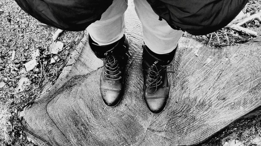 Shoes Selfie Mountain Boot Trunk Monochrome Black And White Winterscapes Monochrome Nature Scape_collection Winter Monochrome _ Collection Black & White