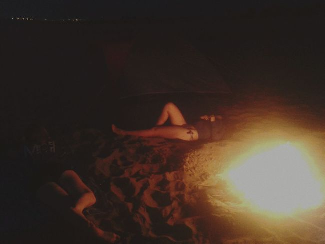 Travel Taking Photos Walking Around Light Night Peoples Summer Firelight Girls Picnicwarm summer nights