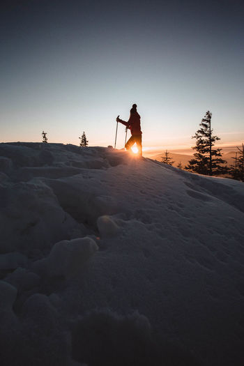Sky Winter Snow Cold Temperature Nature Real People Beauty In Nature Silhouette Scenics - Nature Land One Person Sunset Winter Sport Mountain Sun Landscape Men Leisure Activity Outdoors Snowcapped Mountain Hiking Hikingadventures Sunrise People Sport