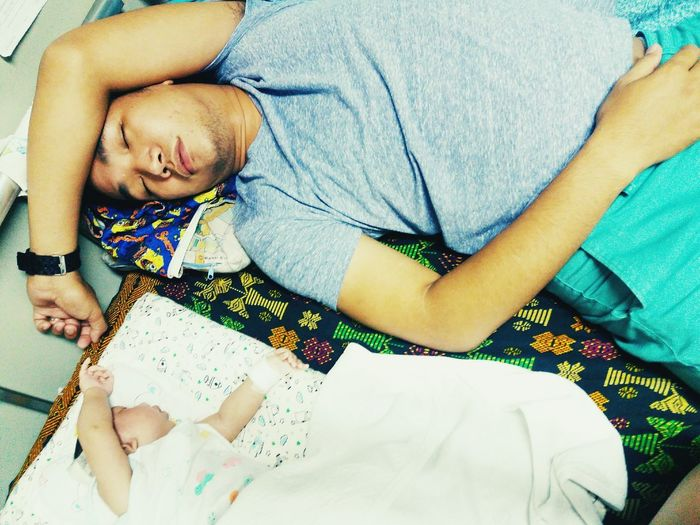 RePicture Masculinitysleeping together.. snoring together.. proud dad here.. :)