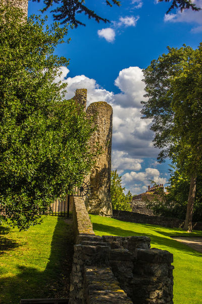 Ancient Ancient Civilization Architecture Beauty In Nature Built Structure Cloud - Sky Day Grass Green Color History Nature No People Outdoors Rochester Castle Sky Sunlight Tree