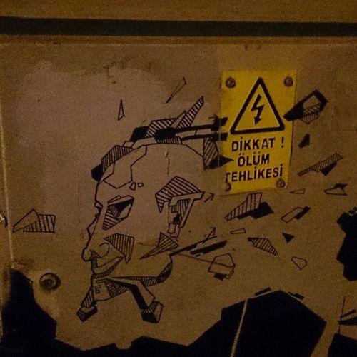 B ükülüSokak Ankara Turkey Graffiti