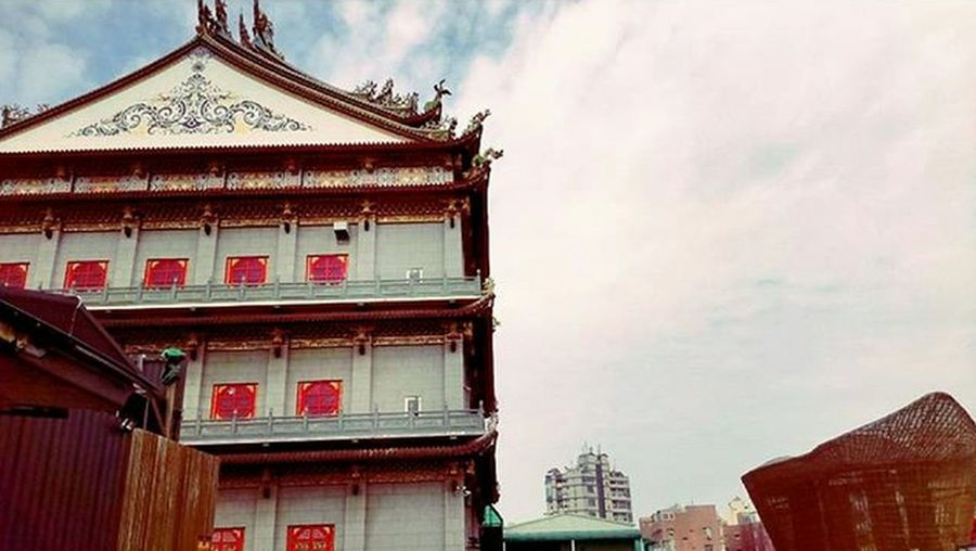 All money back me home.(笑) Temple - Building Temple Bless 心誠則靈
