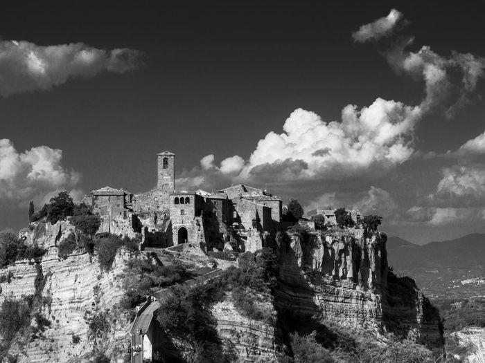 Scenic view of civita di bagnoregio against sky