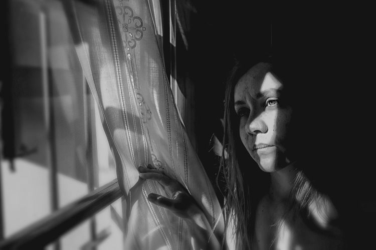 Reflection Thinking About Life Reflection Looking Through Window Woman Portrait Portrait Photography Blackandwhite Monochrome Headshot Real People Young Adult Lifestyles Women Females Front View Looking Window Adult Close-up This Is Queer
