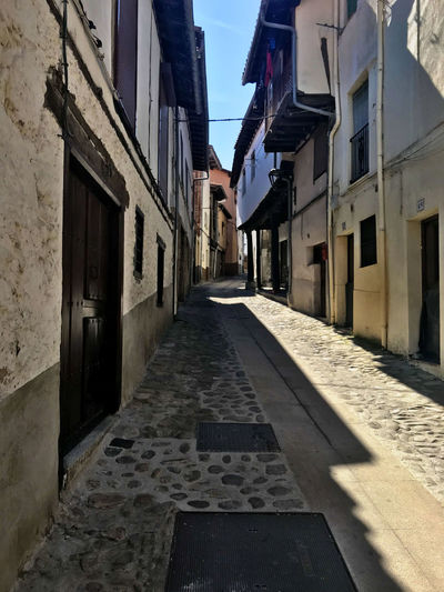 Architecture Building Exterior Direction Built Structure The Way Forward City Building Street Residential District No People Day Alley Shadow Sunlight Narrow Nature Empty Outdoors Footpath Diminishing Perspective Long
