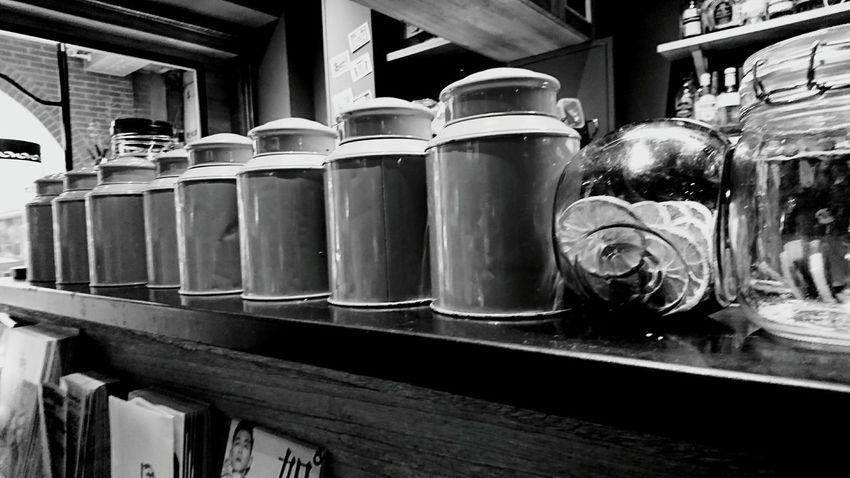 我把想妳的心收進罐裡…,封存一瓶瓶笑淚悲喜…,每天每夜…掬一泓企盼沖沏,只為妳回眸一瞬的餘韻…。 Hanging Out Relaxing Taking Photos Missing You Enjoying Life Blackandwhite Blackandwhite Photography
