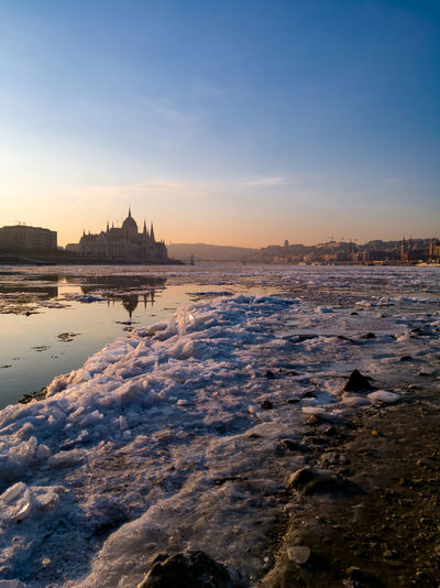 EyeEm Selects No People Water City Architecture Wintertime Winter Icy River Icy Danube Cıty Cityview Budapest - Hungary Sunrise