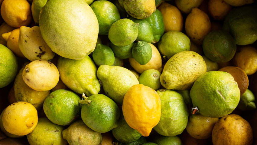 Easy Peazy Lemon Squeezy Abundance Citrus Fruit Food Food And Drink Freshness Fruit Healthy Eating Large Group Of Objects Lemon Market Market Stall Organic Ripe Texture Wellbeing Yellow