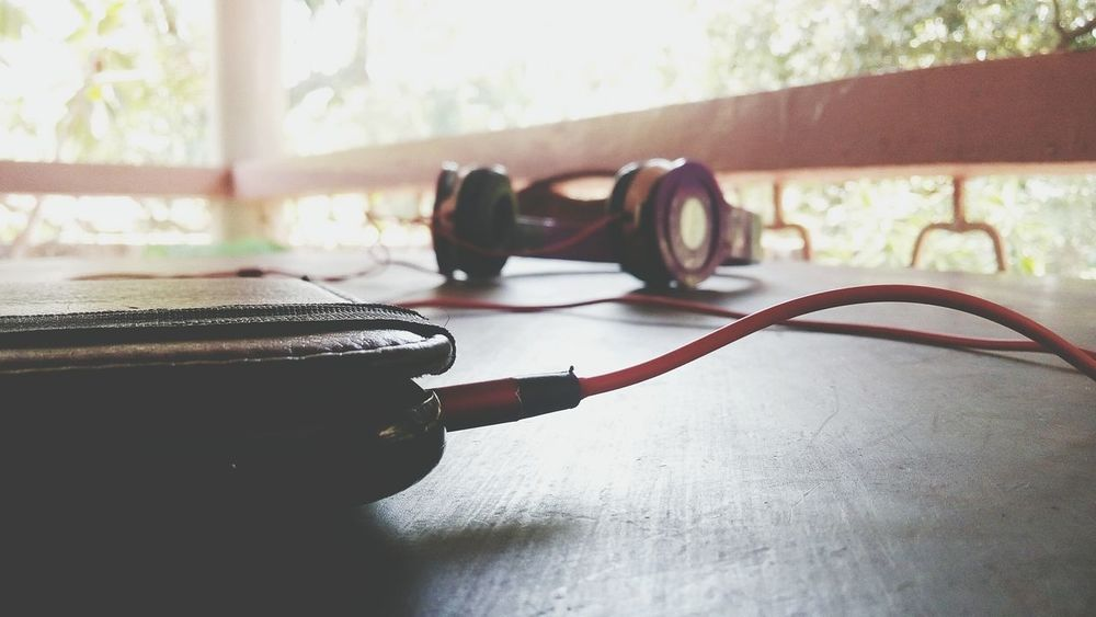 Listening to music soothens the heart ♥