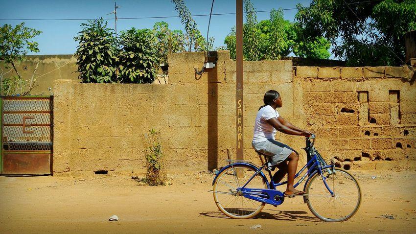 Project 55min - 6/55 📷 Africa Burkina Faso Ouagadougou Street Street Photography Project55min Riding Bike Daily Life